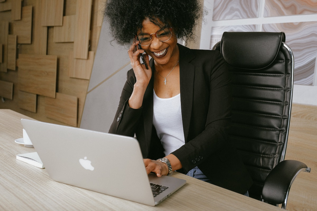 Realtor going above and beyond by calling one of their contacts to help a client