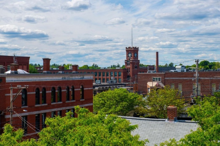 benefits of living in Nashua NH