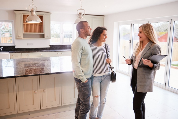 difference between realtor and real estate agent