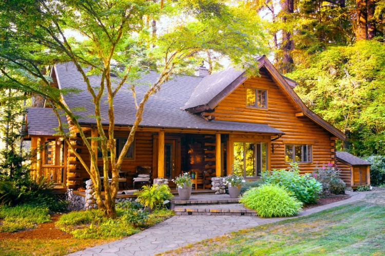 how to find a cabin for sale in Maine