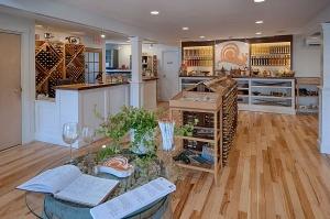 Hermit Woods Winery tasting room